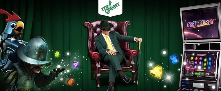 Mr Green sidder i stol
