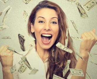 Brugt det hele!? – Britisk teenager brugte sin 150 millioner lottogevinst på et par år!