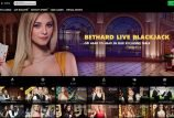 Blond kvinde på Live Casino