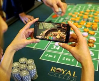 Spil på Royal Casinos splinternye Live Roulette!