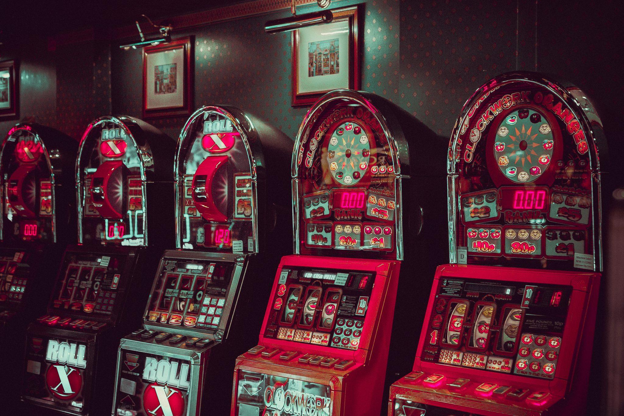 Røde Spillemaskiner Indendørs
